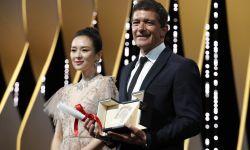 59岁西班牙男演员成为戛纳影帝,演艺生涯第一次拿奖