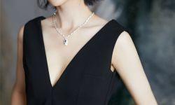 佟丽娅亮相时尚活动 黑色礼服低调优雅