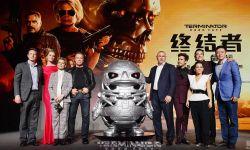 《终结者:黑暗命运》首映施瓦辛格汉密尔顿重回战场