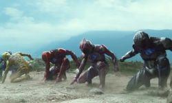 《恐龙战队》要拍真人电影,《去他X的世界》导演或执导