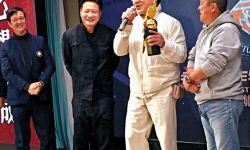香港动作特技演员公会授予成龙曾志伟杰出贡献奖