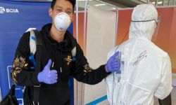 林书豪昨日抵达北京 隔离14天后将与队友一起训练