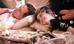 美国演员马克·布鲁姆因新冠肺炎并发症去世,终年69岁
