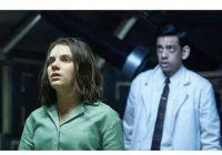 英剧《黑暗物质》服装师共同制作手术服 合力对抗疫情