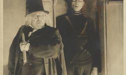 经典电影《卡里加里博士》55张剧照及布景照被拍卖