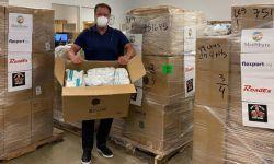施瓦辛格为一线医务人员捐5万只N95口罩