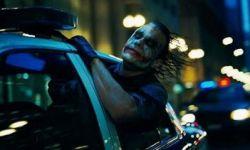 华纳兄弟宣布包括《蝙蝠侠》在内的多部电影北美改档