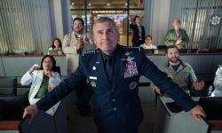 史蒂夫·卡瑞尔和Greg Daniels联手,推出情景喜剧《太空部队》。