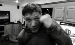 汤姆·哈迪大秀帅气拳法,《毒液2》已拍摄完毕