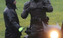 蝙蝠侠导演:阿福与布鲁斯之间的情感联系会是新核心