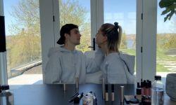 贾斯汀·比伯挑战给爱妻海莉·比伯化妆