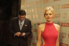 撞脸「小丑女」玛格罗比,澳洲女星自曝:被讲千次也不腻