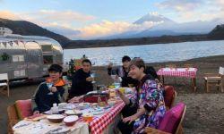 谢霆锋周杰伦富士山脚下野营聚餐