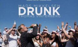 """《酒精计划》发预告片,米科尔森上演""""饮酒实验"""""""