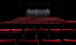 国家电影局:全国电影院的开业必须执行统一的时间安排