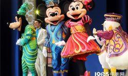 迪士尼员工抗议重新开园