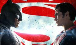 新《蝙蝠侠大战超人》上线!