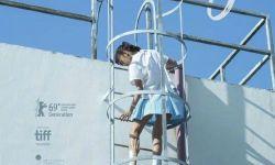 白雪《过春天》8月12日法国上映,再现少女骨感青春