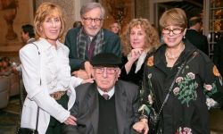 导演斯皮尔伯格的父亲去世,享年103岁