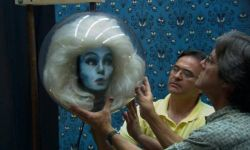 《幽灵公馆》将改编电影,迪士尼乐园项目再登银幕