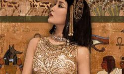 马苏分享异域风情美照扮埃及艳后,妆容魅惑气场强