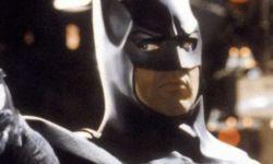 华纳计划开发蝙蝠侠电影三部曲  迈克尔·基顿将回归主演