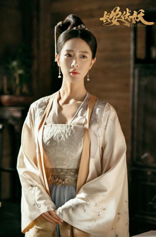 电影《长安伏妖》全国热映克拉拉古装首秀好评如潮