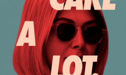 电影《我很在乎》海报发布  将于2月19日在Netflix独家上线