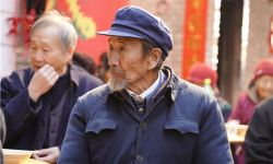 电影《千顷澄碧的时代》定档2月26日全国院线公映