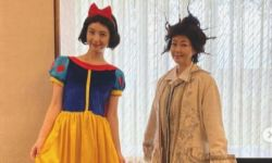 美女明星佐佐木希新晒白雪公主COS照 网友惊呼美过原版