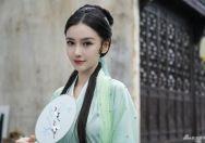 "Angelababy《萌探探探案》錄制花絮照曝光  化身""青蛇"""