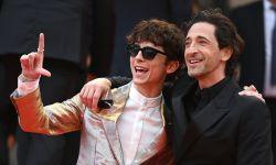 《法兰西特派》戛纳电影节举行首映  甜茶&布洛迪开心合影