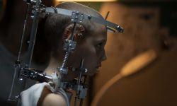 """法国电影《钛》将在美国上映  被称为""""2021年最令人震惊的电影"""""""