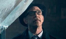 J·K·西蒙斯商谈加盟《蝙蝠女》回归饰演戈登局长 尼古拉斯·霍尔特加盟《菜单》