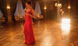 电影《红色通缉令》发布全新幕后照  将于11月12日上线Netflix