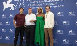 电影《算牌人》第78届威尼斯电影节举行发布会  入围主竞赛单元