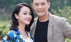 前央视主持曹颖庆结婚26年,两人至今没办婚礼,疑透露想生二胎?