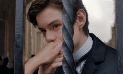 畅销小说《摆渡人》将拍摄电影版  路易斯·帕特里奇加盟主演